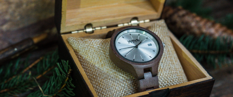 Brown Bamboo Watch Case